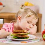 8 loại đồ ăn làm tổn hại nhất đến đại não trẻ