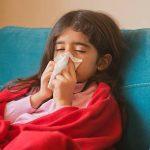 Cách trị cảm ho sổ mũi, viêm họng cho trẻ không cần uống kháng sinh