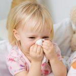 5 hỏi đáp cách trị viêm mũi, sổ mũi, khò khè ở trẻ