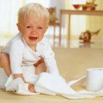 Bé bị táo bón nhiều nhất trong giai đoạn nào? Bố mẹ cần làm gì để phòng tránh và cải thiện cho con?