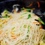 Cách làm món bún gạo xào gan và bắp cải
