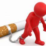 """""""Hít khói thuốc lá"""" trẻ dễ bị dị ứng, viêm phế quản mãn tính, viêm VA, hen, viêm tai giữa, viêm họng, chậm phát triển"""