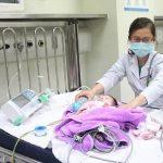 Tự chữa ho tại nhà, bé 2 tháng tuổi tử vong