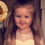 Bé gái 3 tuổi suýt mất tai vĩnh viễn chỉ vì đeo khuyên tai mua trên mạng